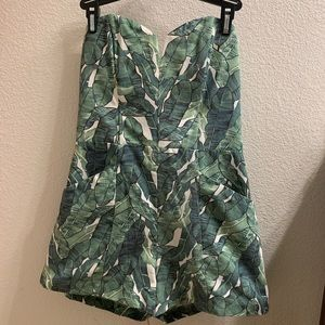 H&M Other - Strapless green/white romper w/ pockets, size US 8